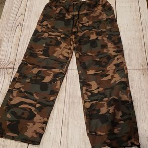 Urban Groove superhighway camo pants size large